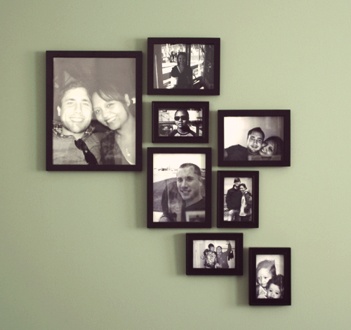 Create a modern picture frame wall design diywithrick for Picture wall layout