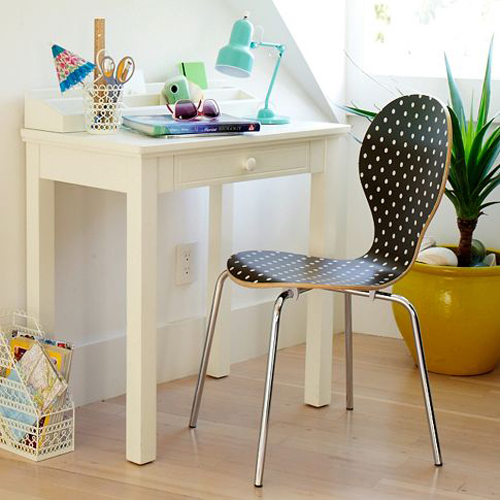 Build A Small Space Desk