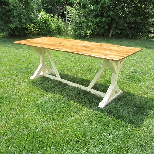 Build a Classic Farmhouse Table