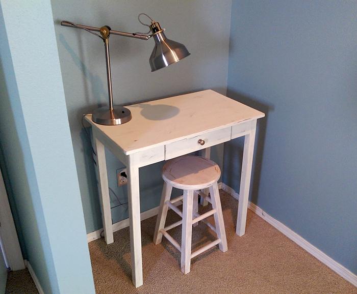Build a Small Space Desk