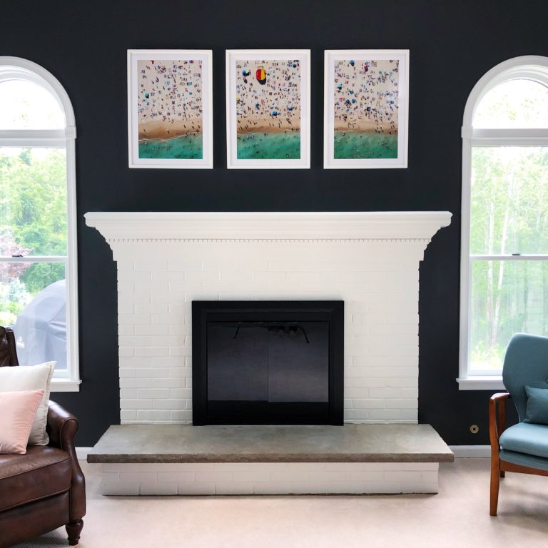 Read more about the article How to Paint a Brick Fireplace and Mantle